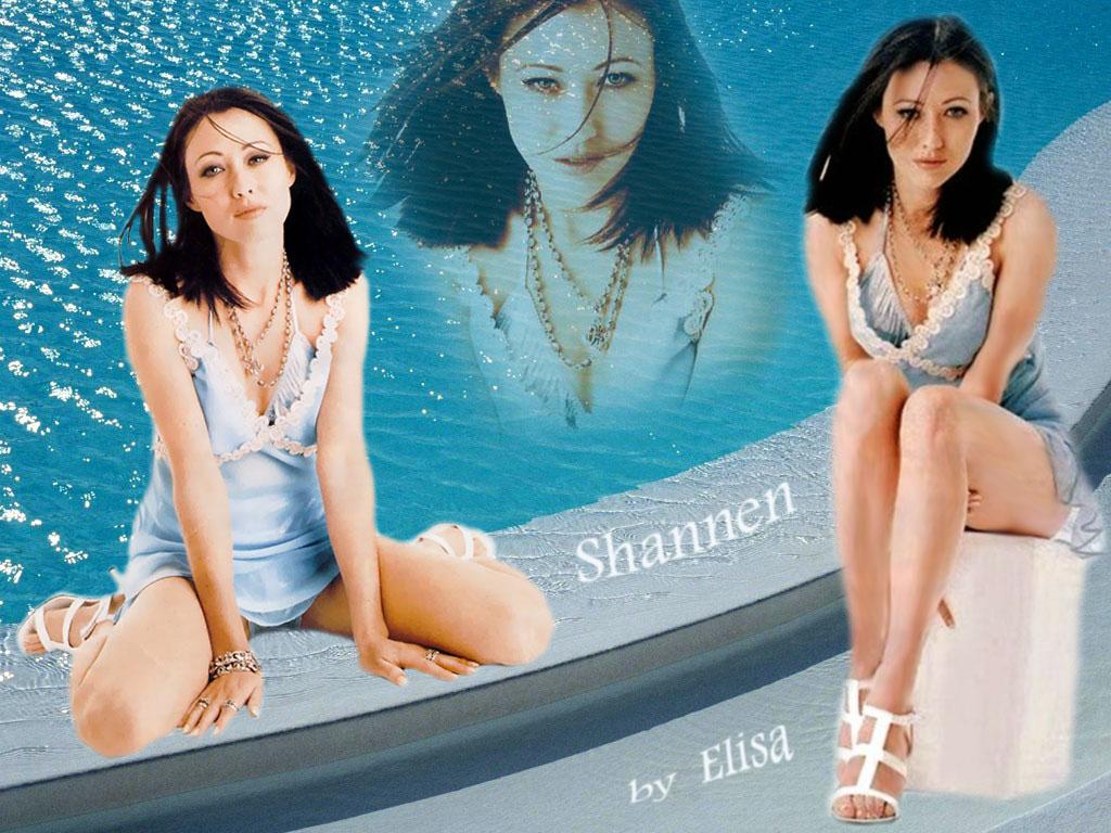 http://charmedpo3.narod.ru/wallpaper/Lisa/18.jpg